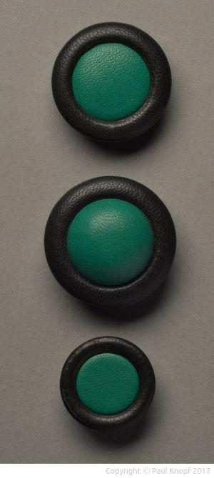 Doppelmontageknöpfe in den Varianten Doppel-A-Flach, Doppel-A-Bombé und Bicora