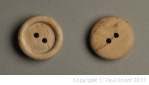 Knöpfe aus Birkenholz