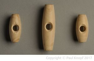 Knöpfe aus Buchenholz
