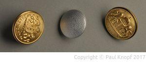 Metallblechknöpfe